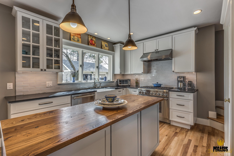 White Kitchen Countertops Project   Premium Granite